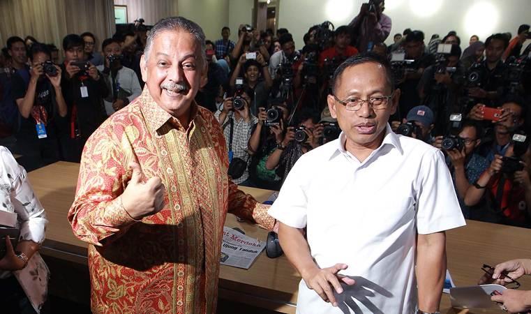 Direktur Utama PLN Sofyan Basir (kiri) bersama Direktur Human Capital Management Muhamad Ali, usai konferensi pers di Jakarta, Senin (16/7/2018). - Bisnis/Dwi Prasetya