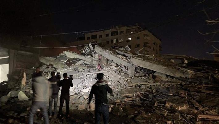 Dampak serangan pesawat Israel terhadap Kantor Berita Anadolu di Gaza. - Anadolu