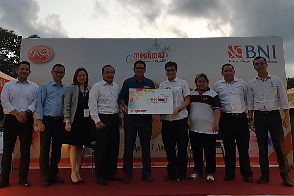 PT Bank Negara Indonesia (Persero) Tbk. Area Manado bekerja sama dengan PT Megasurya Nusalestari menggelar Festival Ramadhan Food City di kawasan Megamas, Manado - Bisnis/Ilman Sudarwan