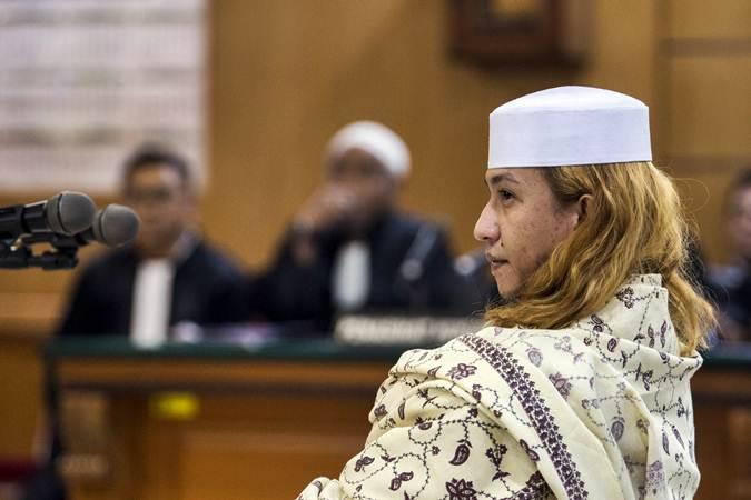 Terdakwa kasus dugaan penganiayaan terhadap remaja Bahar bin Smith menjalani sidang perdana di Pengadilan Negeri Bandung, Jawa Barat, Kamis (28/2/2019). - ANTARA/M Agung Rajasa