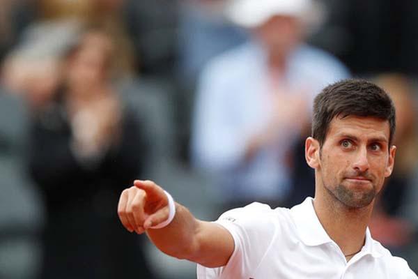 Petenis Serbia Novak Djokovic - Reuters/Christian Hartmann