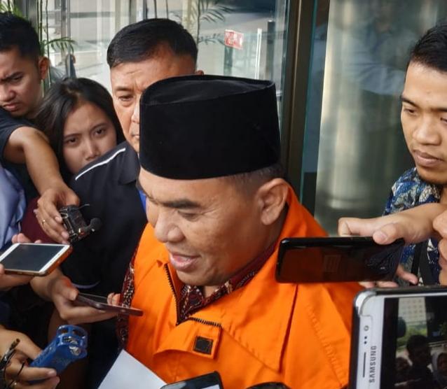 Bupati Jepara Ahmad Marzuqi resmi ditahan KPK - Bisnis