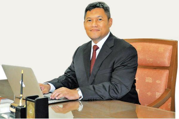 Direktur Utama PAM Jaya Priyatno Bambang Hernowo