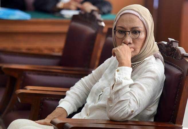 Terdakwa kasus dugaan penyebaran berita bohong atau hoaks Ratna Sarumpaet bersiap mengikuti sidang lanjutan di PN Jakarta Selatan, Kamis (11/4/2019). - ANTARA/Muhammad Adimaja