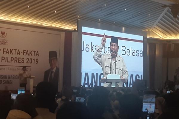 Capres Prabowo Subianto saatmenyampaikan kecurangan-kecurangan pemilu kepada relawan dan pendukung di Jakarta, Selasa (14/5/2019)/JIBI - Bisnis/Jaffry Prabu Prakoso