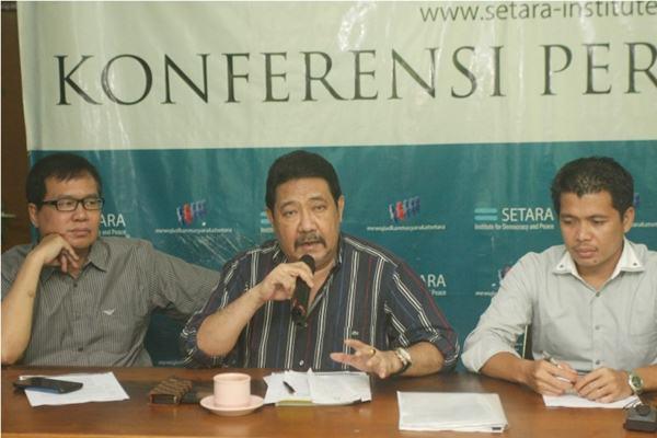 Ketua Setara Institut Hendardi (tengah) - JIBI