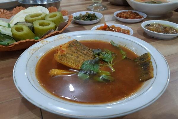 Pindang ikan Palembang, salah satu kuliner Palembang yang terkenal selain pempek. - Bisnis/Tim Jelajah Infrastruktur Sumatra 2019