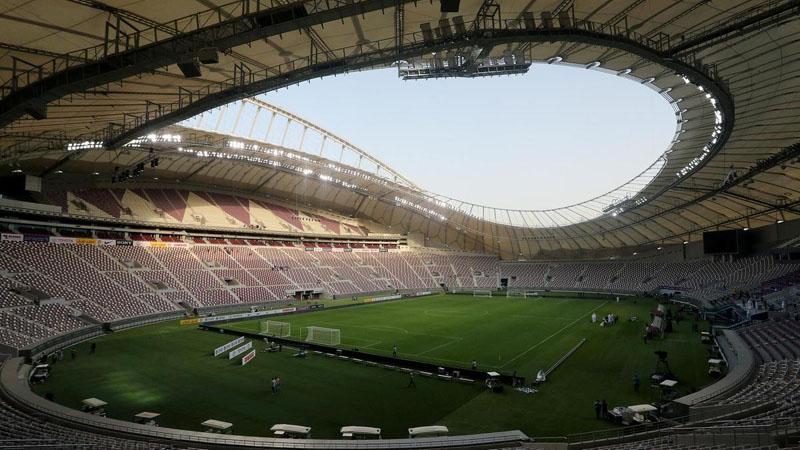 Stadion Internasional Khalifa di Doha, ibu kota Qatar, salah satu venue Piala Dunia 2022. - Reuters
