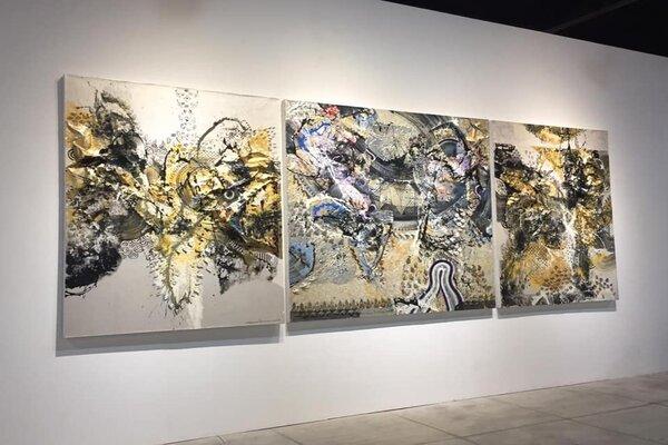 Salah satu karya Nyoman Erawan yang dipamerkan dalam acara Balinese Masters: Aesthetic DNA Trajectories of Balinese Visual Art, 25 Mei-14 Juli 2019 di Nusa Dua, Bali. - Bisnis/Ema Sukarelawanto