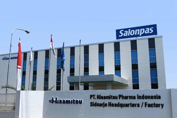 Didirikan sejak tahun 1975, PT Salonpas Indonesia terus berpartisipasi dalam meningkatkan kesehatan masyarakat Indonesia melalui produk-produk mereka.  - Salonpas