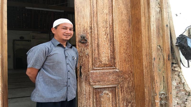 Pengurus Bidang Sejarah dan Bangunan Masjid Jami Al-Anwar, Muhammad Abyan Abdillah. JIBI/Bisnis - Akbar Evandio