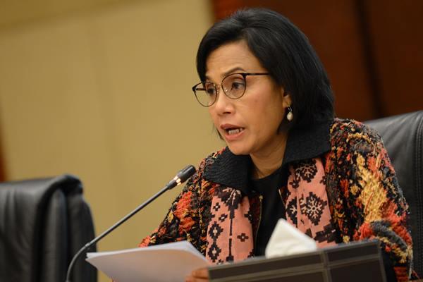 Menteri Keuangan Sri Mulyani memberikan keterangan pers mengenai Pembayaran Tunjangan Hari Raya (THR) 2019 di Kementerian Keuangan, Jakarta, Jumat (24/5/2019). Menteri Keuangan menyatakan telah mencairkan THR sebesar Rp19 triliun atau 19 persen dari proyeksi kebutuhan dana (Rp20 triliun) yang digunakan untuk membayar THR bagi PNS, Prajurit TNI dan Polri sebesar Rp11,4 triliun dan penerima pensiun atau tunjangan sebesar Rp7,6 triliun. - Antara