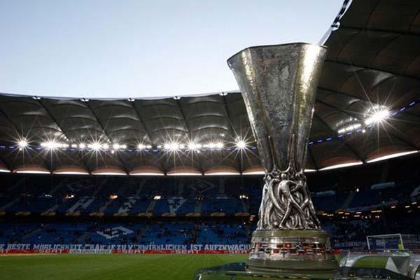 Trofi Liga Europa - Mirror