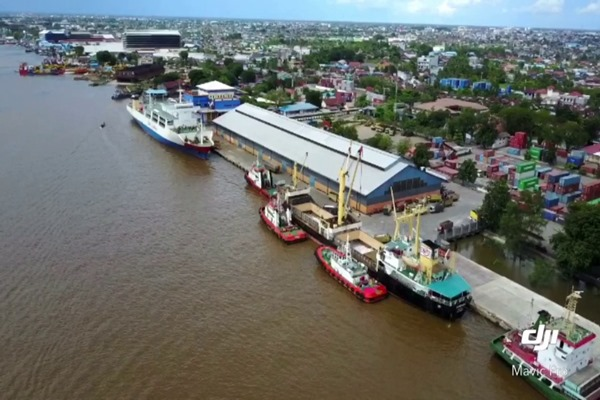 Ilustrasi - Pelabuhan Trisakti Banjarmasin, Kalimantan Selatan. - Bisnis/Youtube