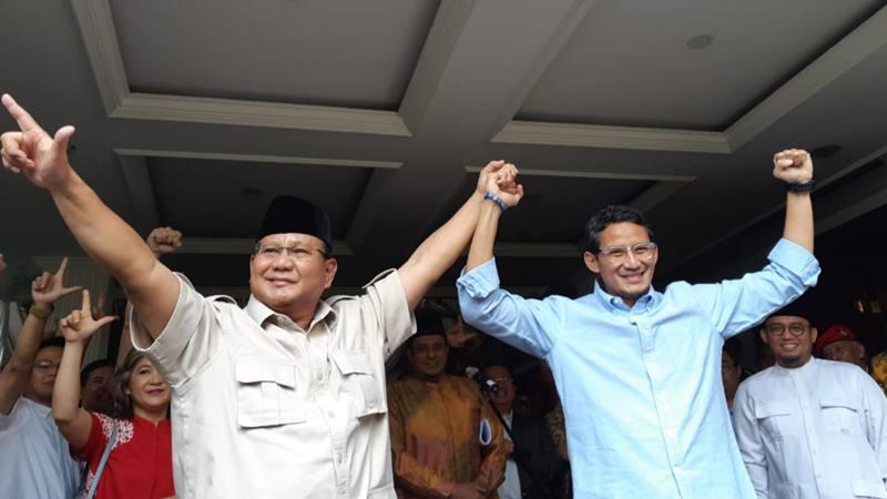 Capres Prabowo Subianto dan cawapres Sandiaga Uno saat mengumumkan menolak hasil perhitungan pilpres 2019 oleh KPU, Selasa (21/5/2019). - Bisnis/Feni Freycinetia Fitriani