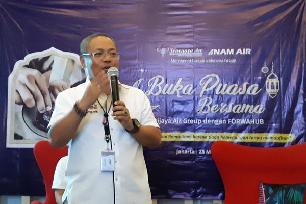 Dirut Sriwijaya Air Joseph A. Saul menjelaskan kondisi terkini perusahaan saat acara buka bersama, Selasa (28/5/2019). - Bisnis/Rio Sandy Pradana