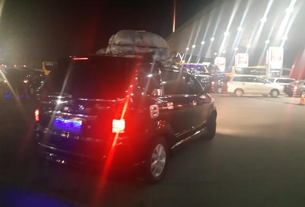 Para pemudik mulai tinggalkan Jakarta - Bisnis/Andi