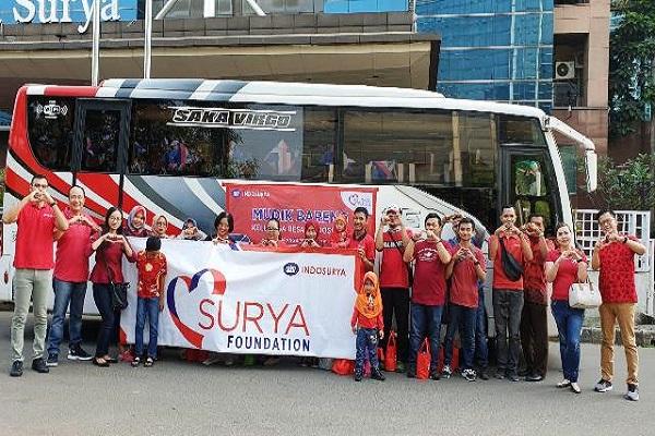 Pelepasan peserta mudik bersama Surya Foundation di Jakarta, Kamis (30/05/2019)- Bisnis -  Agne Yasa
