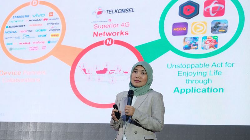 Vice President Prepaid Marketing Telkomsel Riny Novitriyanti menjadi salah satu pembicara dalam acara 4G Alignment Strategy dengan tajuk 4G Ecosystem Collaboration for Building Digital Indonesia di Jakarta (29/5/2019). - dok. Telkomsel
