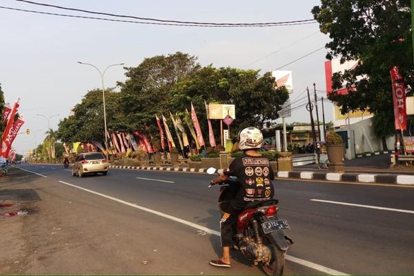 Ilustrasi - Jalur arteri pantai utara (pantura) terlihat masih lengang pada Jumat (31/5/2019) sore sekitar pukul 16.00 WIB. - Bisnis/Tim Jelajah Lebaran Jawa/Bali 2019