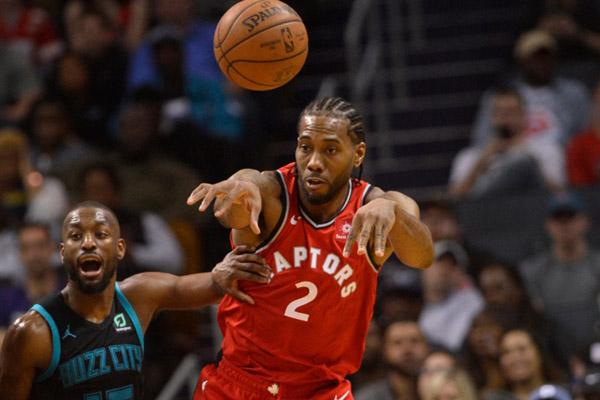 Pebasket Toronto Raptors Kawhi Leonard - Reuters