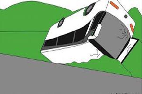 Ilustrasi- Bus terbalik - Istimewa