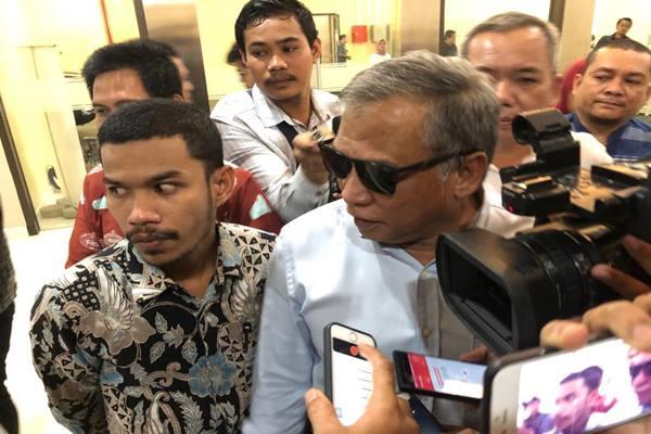 Mantan Komandan Tim Mawar Mayjen TNI (Purn) Chairawan (berkacamata) di Dewan Pers Jakarta, Selasa (11/6/2019). JIBI/Bisnis - Sholahuddin Al Ayyubi