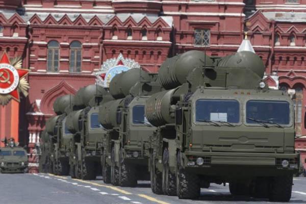 Rudal S-400. - Reuters/Sergei Karpukhin