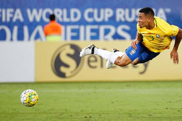 Gabriel Jesus, bintang Brasil yang perannya diharapkan bisa mengisi ketiadaan Neymar. - Reuters/Ricardo Moraes