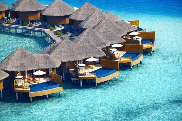 Penginapan di Maladewa - baros.com