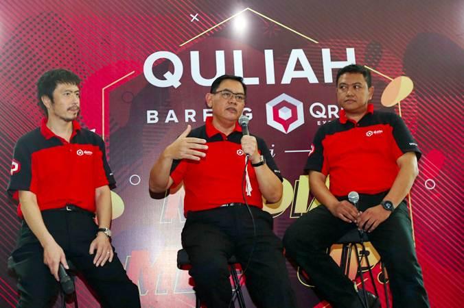 CEO PT Reka Cakrabuana Logistik (Qrim Express) Abdul Rahim Tahir (tengah) bersama CSO Tetsushi Kuroda (kiri) dan COO Widiatmoko (kanan) memberikan penjelasan saat jumpa pers di Jakarta, Kamis (13/6/2019). - Bisnis/Abdullah Azzam