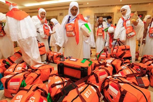 Kesibukan jamaah haji Kloter 1 Embarkasi Aceh (BTJ-01) saat tiba di Hotel Darul Haramain Tower, Misfalah, Makah. kemarin - Istimewa