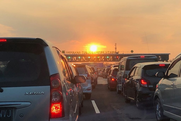 Ilustrasi - Gerbang tol Cikampek Utama - Bisnis/Akhirul Anwar