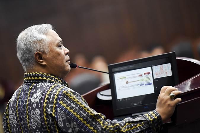 Saksi ahli dari pihak termohon Marsudi Wahyu Kisworo memberikan keterangan pada sidang lanjutan Perselisihan Hasil Pemilihan Umum (PHPU) presiden dan wakil presiden di gedung Mahkamah Konstitusi, Jakarta, Kamis (20/6/2019). - ANTARA/Galih Pradipta
