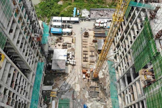 Foto aerial suasana proyek pembangunan apartemen district 1 Meikarta, di Cikarang, Kabupaten Bekasi, Jawa Barat, Jumat (12/4/2019). - Bisnis/Nurul Hidayat