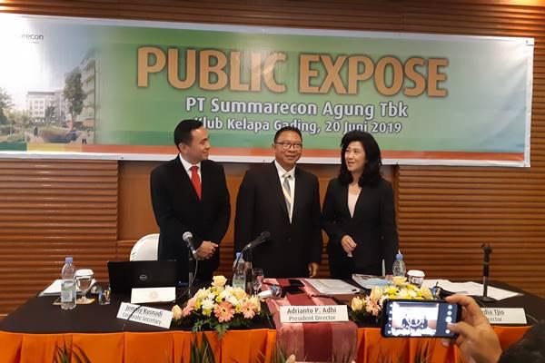 Kiri ke kanan: Corporate Secretary Summarecon Jemmy Kusnadi, Presiden Direktur Summarecon Ardianto P. Adhi, dan Direktur Summarecon Lidya Tjio dalam Public Expose Rapat Umum Pemegang Saham Tahunan (RUPST) di Jakarta, Kamis (20/6 - 2019).