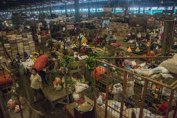 Pasar Induk Kramat Jati di Jakarta Timur. - Antara/Aprillio Akbar