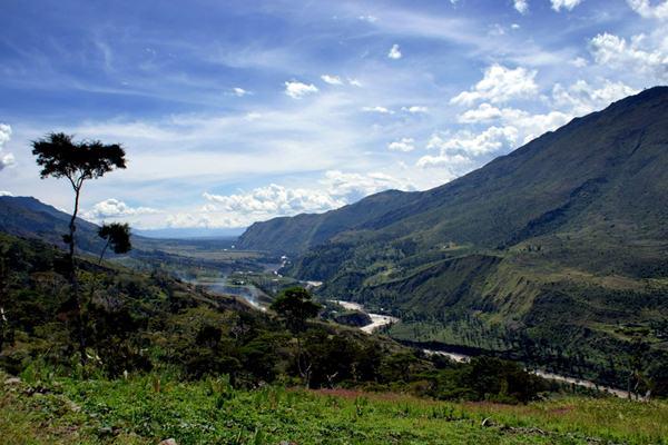 Lembah Baliem - triptrus.com