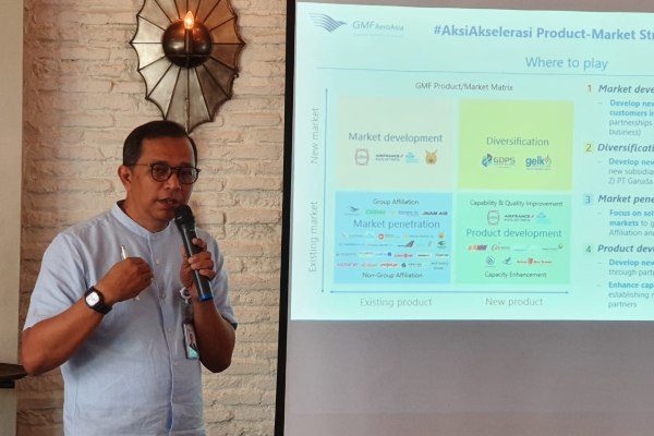 Plt. Direktur Utama PT Garuda Maintenance Facility AeroAsia Tbk. Tazar M. Kurniawan menjelaskan rencana bisnis perusahaan ke depan, di Jakarta, Selasa (25/6/2019). - Bisnis/Rio Sandy Pradana
