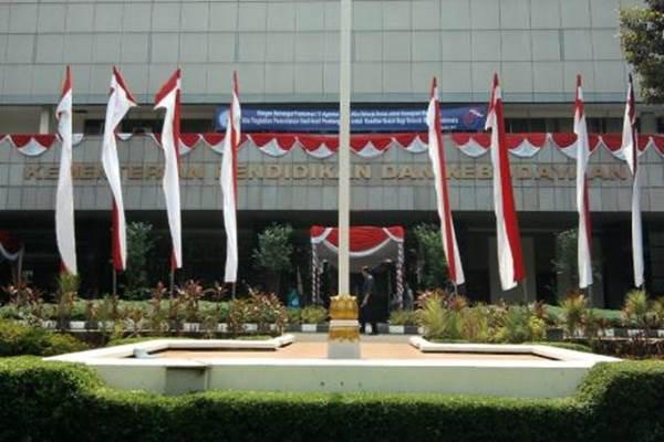 Kementerian Pendidikan dan Kebudayaan. - kemdikbud.go.id