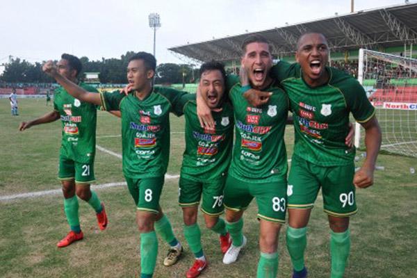 PSMS Medan ketika bertarung di Liga 1 musim lalu. - Antara/Septianda Perdana