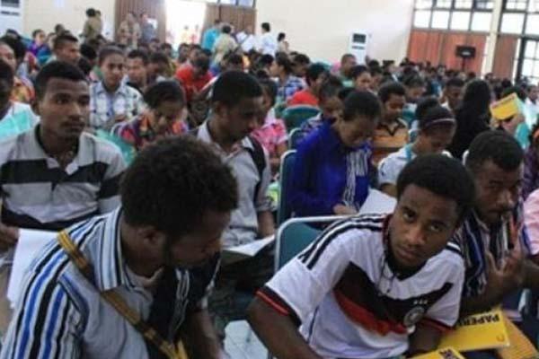 Pelajar di Papua. - Antara/Musa Abubar