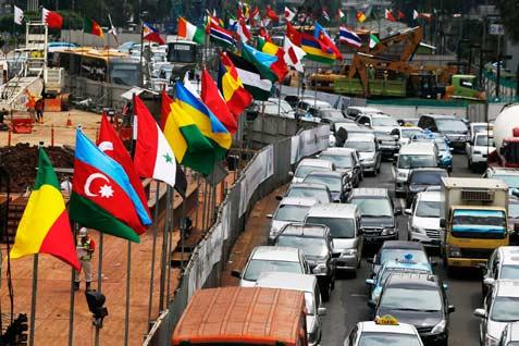 Bendera negara peserta Konferensi Asia Afrika.  - reuters