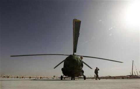 Ilustrasi - Helikopter MI-17 - Reuters/Tim Wimborne