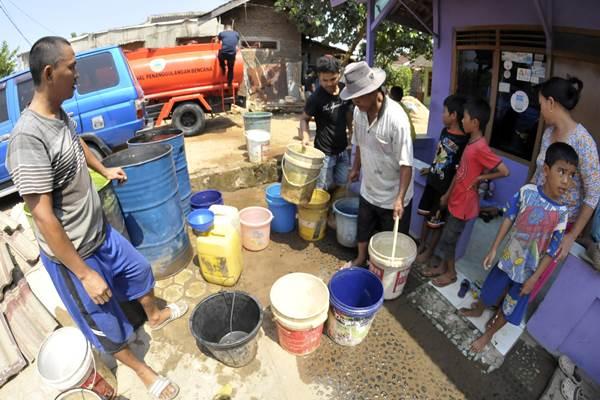 Ilustrasi krisis air bersih./ ANTARA FOTO - Ardiansyah