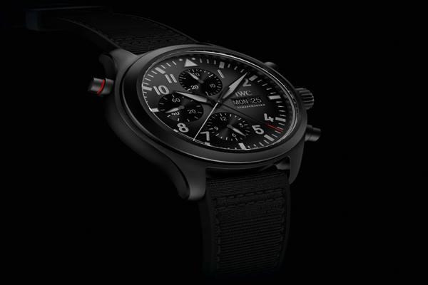 Jam tangan Double Chronograph Top Gun Ceratanium produksi IWC Schaffhausen - Dok. IWC Schaffhausen