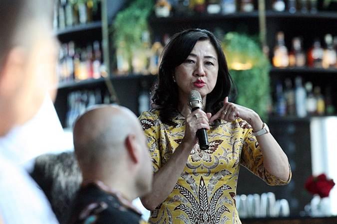 Presiden Direktur PT Bank Commonwealth Lauren Sulistiawati memberikan penjelasan saat peluncuran platform MicroMentor di Jakarta, Kamis (20/6/2019). - Bisnis/Dedi Gunawan