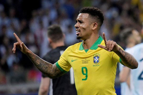 Ujung tombak Brasil Gabriel Jesus selepas menjebol gawang Argentina di semifinal Copa America 2019. - Reuters/Washington Alves