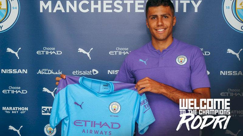 Pemain baru Manchester City Rodrigo Hernndez Cascante. - ManCity.com