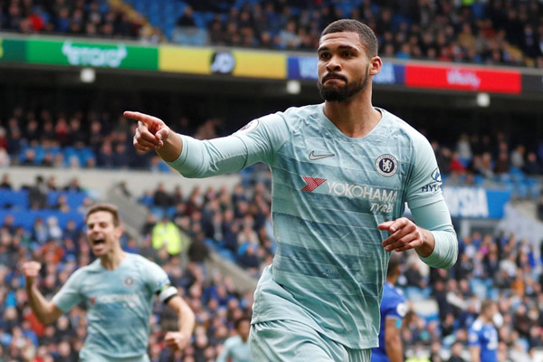 Gelandang Chelsea Ruben Loftus-Cheek - Reuters/Matthew Childs